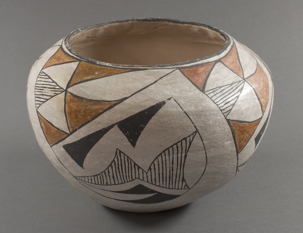 Acoma%20artist%2C%20%3Cb%3E%3Ci%3E%20Jar%3C%2Fi%3E%3C%2Fb%3E%2C%20ca.%201880%2C%20glazed%20clay%2C%20The%20Elizabeth%20Cole%20Butler%20Collection%2C%20no%20known%20copyright%20restrictions%2C%202012.92.46